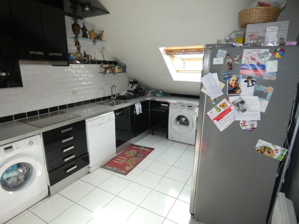 Appartement à vendre 3 86.5m2 à Vaires-sur-Marne vignette-5