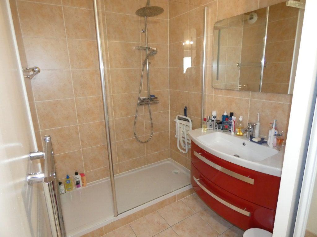 Appartement à vendre 3 86.5m2 à Vaires-sur-Marne vignette-11