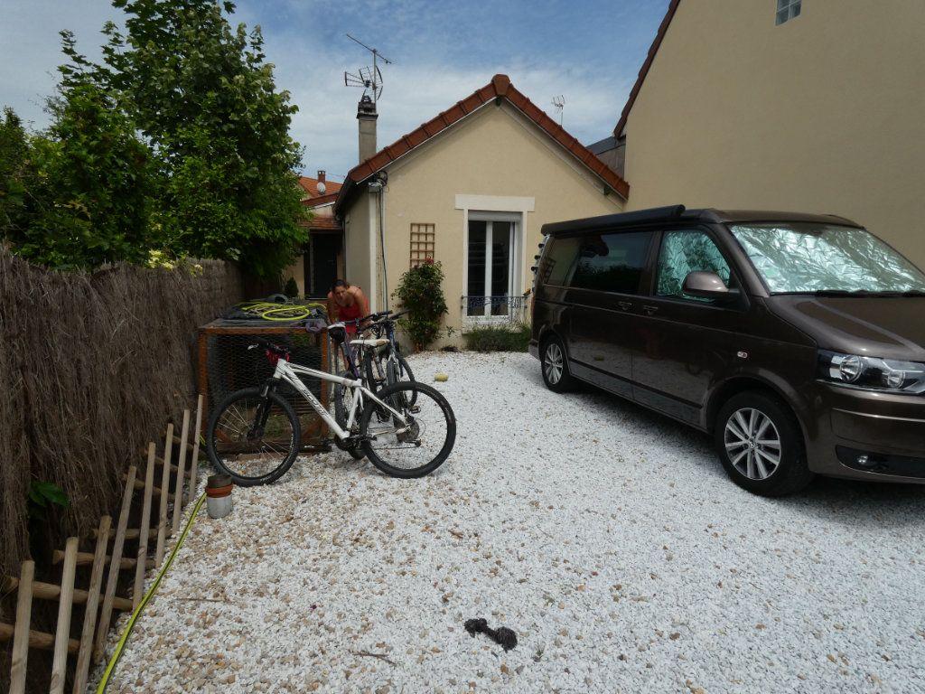 Maison à louer 3 67m2 à Vaires-sur-Marne vignette-1