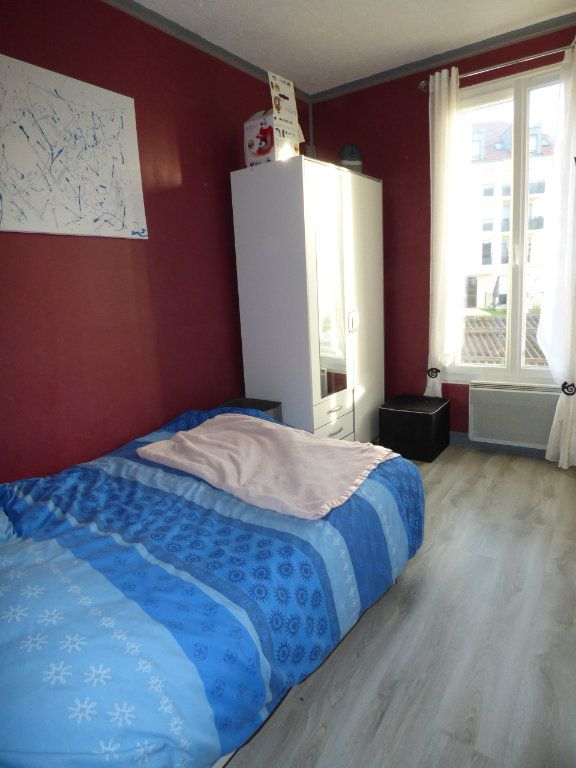 Appartement à louer 2 32m2 à Brou-sur-Chantereine vignette-6