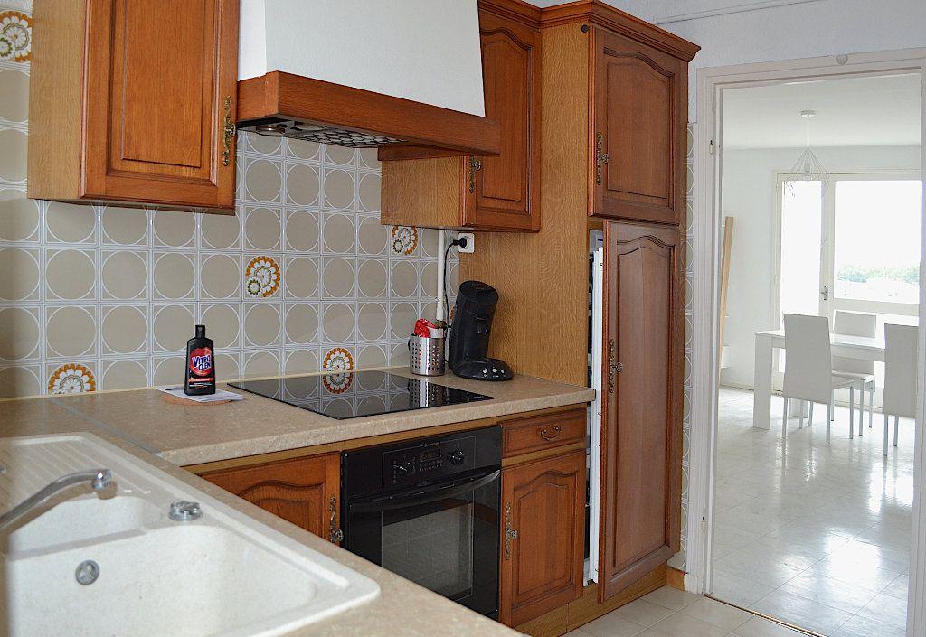Appartement à louer 4 69.22m2 à Toulouse vignette-4