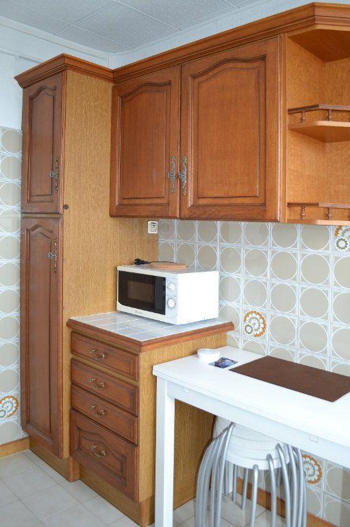 Appartement à louer 4 69.22m2 à Toulouse vignette-5