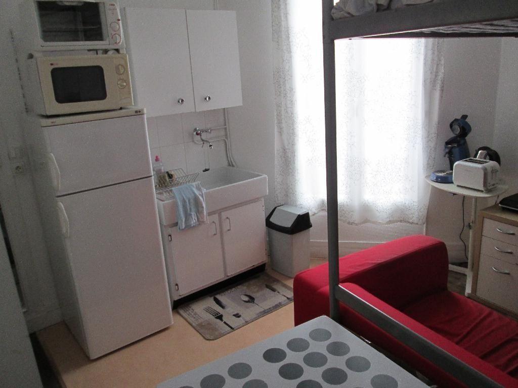Appartement à louer 1 13m2 à Clamart vignette-2