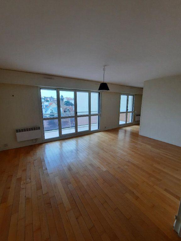 Appartement à louer 3 74.83m2 à Clamart vignette-3