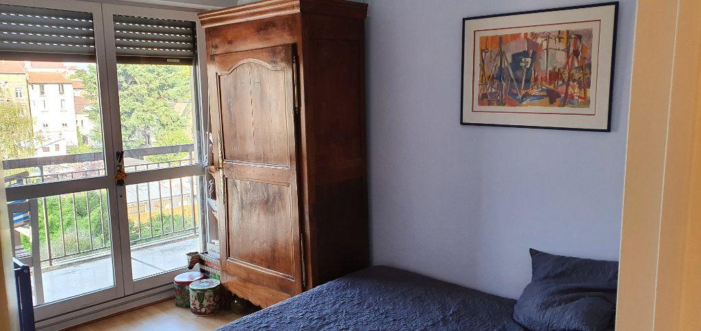 Appartement à louer 3 74.83m2 à Clamart vignette-4