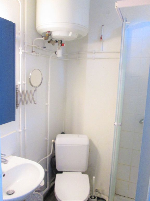 Appartement à louer 1 21.96m2 à Clamart vignette-7