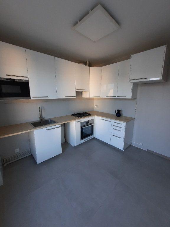 Appartement à louer 2 52.19m2 à Clamart vignette-1