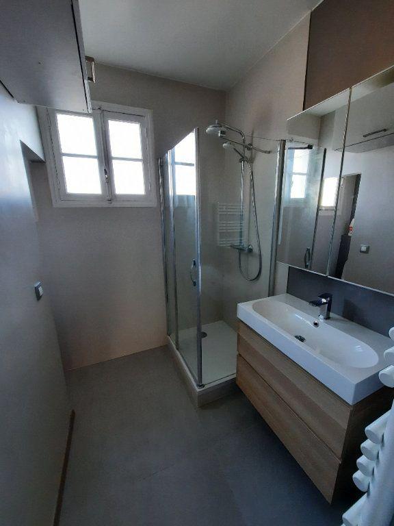 Appartement à louer 2 52.19m2 à Clamart vignette-6