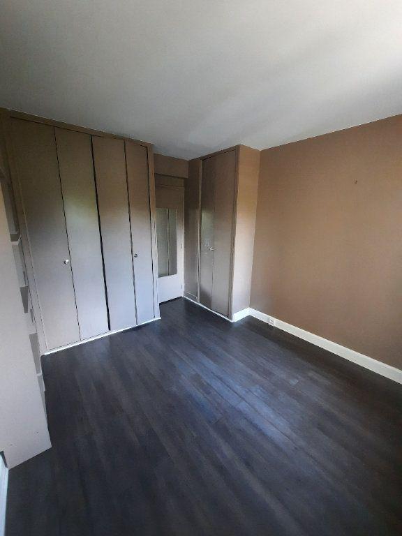 Appartement à louer 2 41.88m2 à Clamart vignette-4