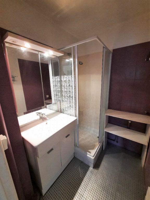 Appartement à louer 2 41.88m2 à Clamart vignette-5