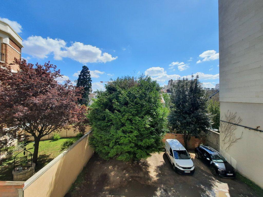 Appartement à louer 2 41.88m2 à Clamart vignette-6
