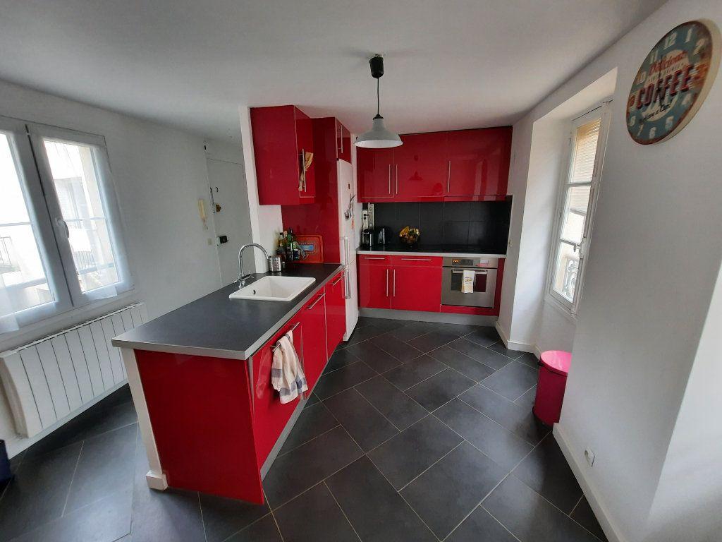 Appartement à louer 2 51.92m2 à Vanves vignette-2