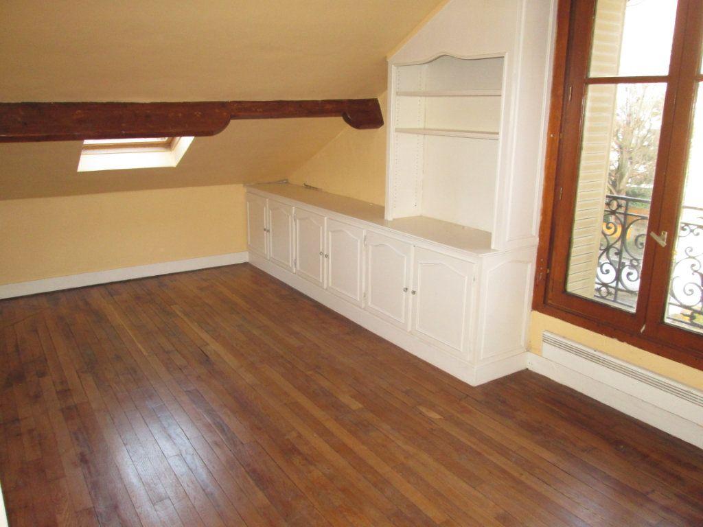 Appartement à louer 2 42.18m2 à Clamart vignette-3