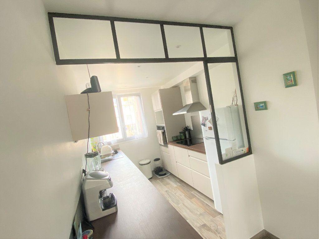 Appartement à vendre 3 56.53m2 à Clamart vignette-1