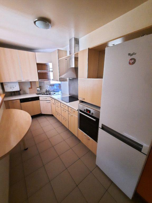 Appartement à louer 4 79.59m2 à Clamart vignette-2