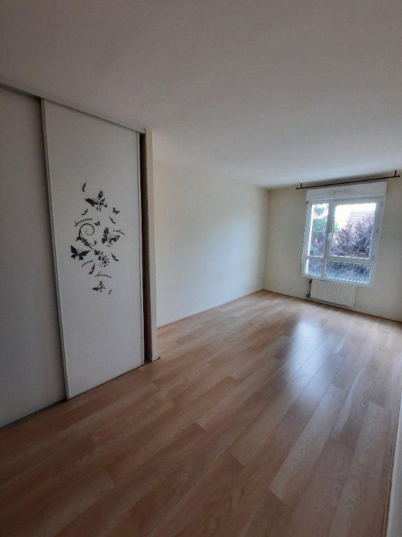 Appartement à louer 4 79.59m2 à Clamart vignette-7