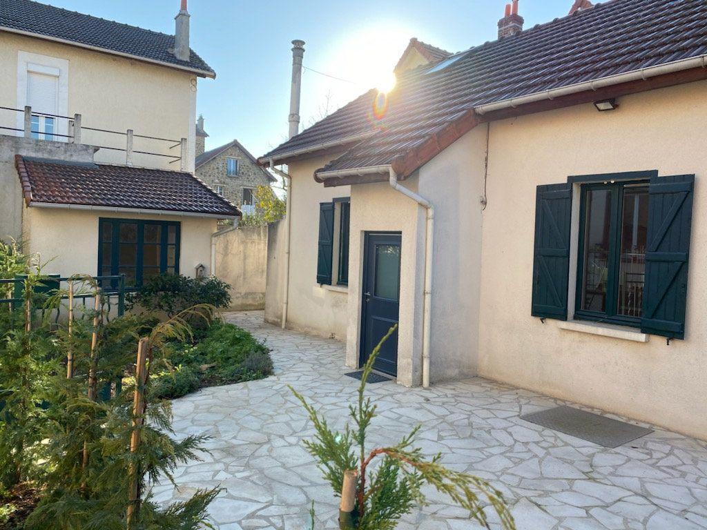 Maison à vendre 4 85.79m2 à Clamart vignette-1