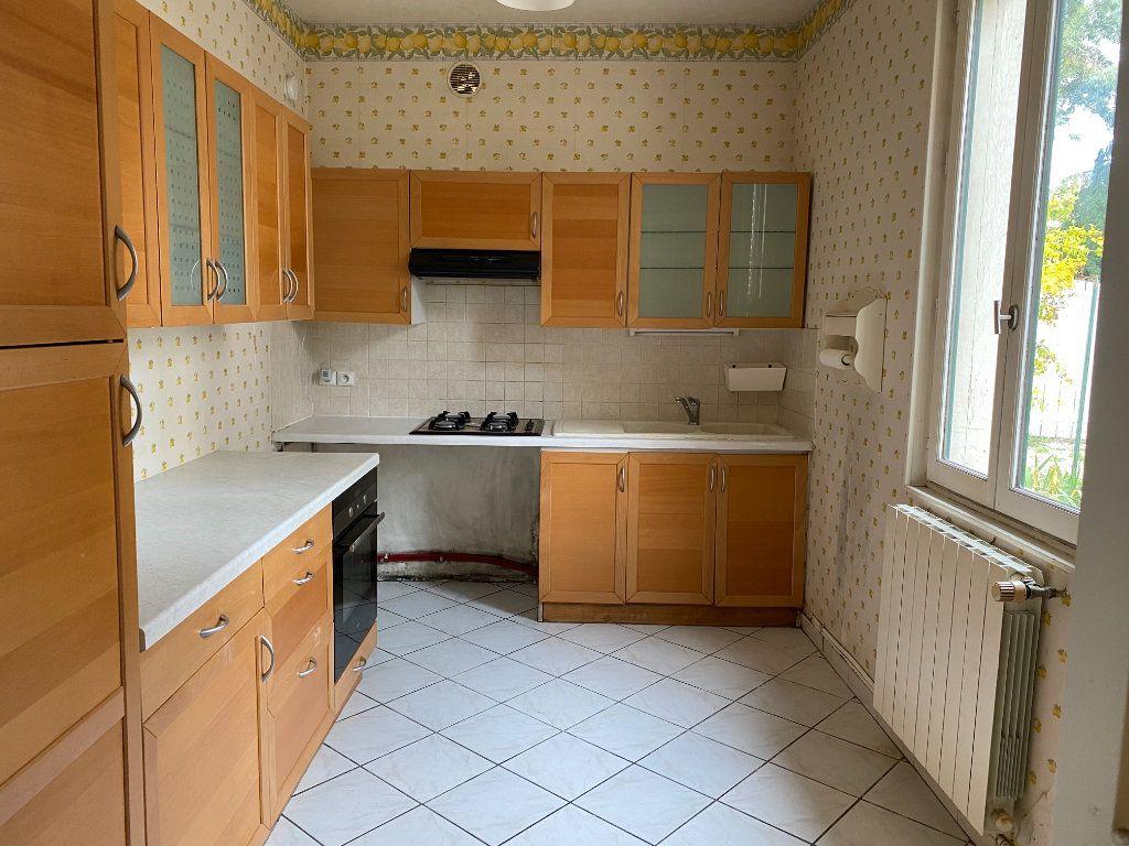 Maison à vendre 4 85.79m2 à Clamart vignette-5
