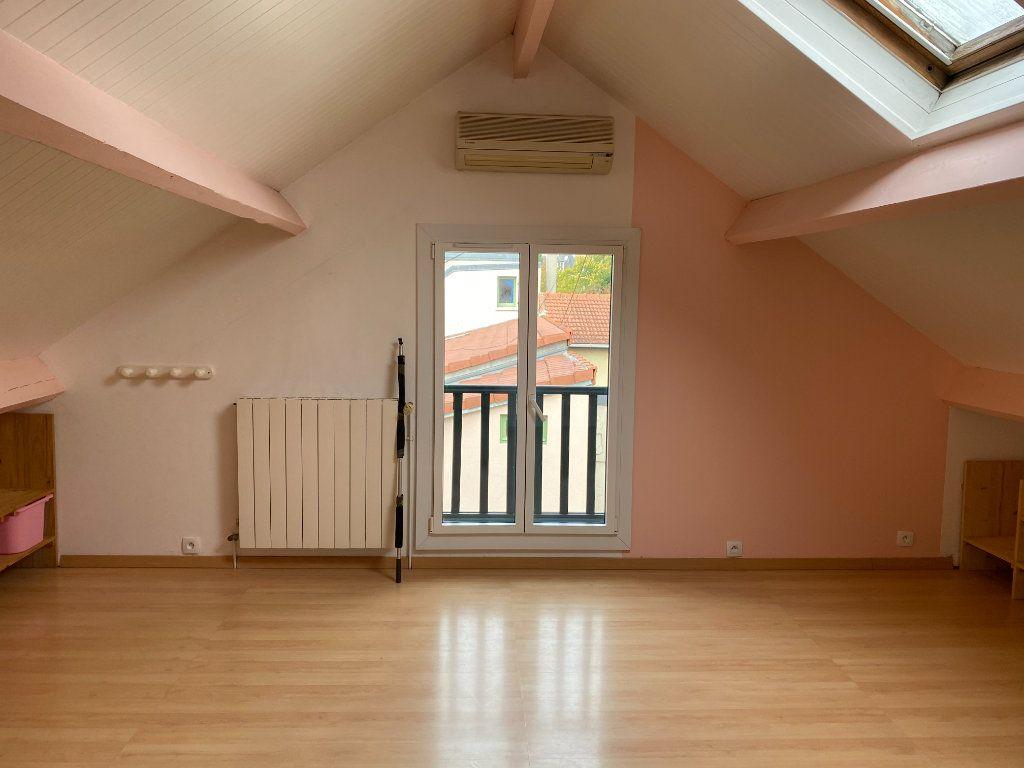 Maison à vendre 4 85.79m2 à Clamart vignette-6
