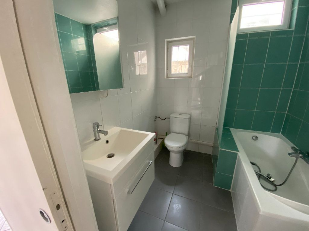 Maison à vendre 4 85.79m2 à Clamart vignette-8