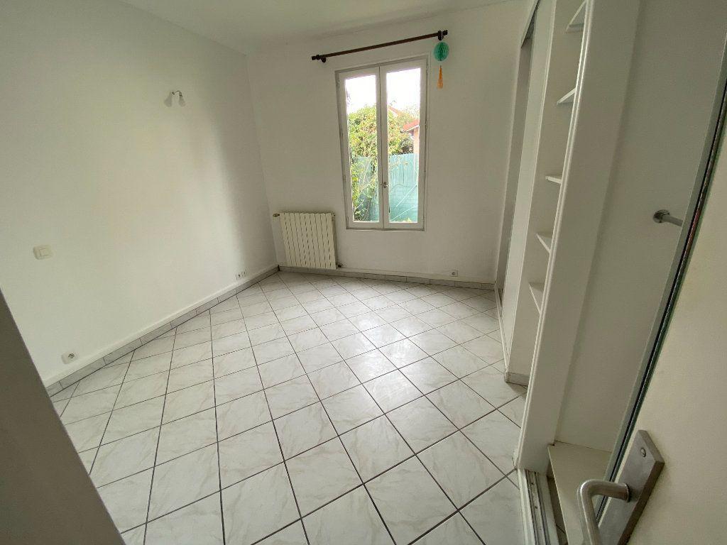 Maison à vendre 4 85.79m2 à Clamart vignette-10
