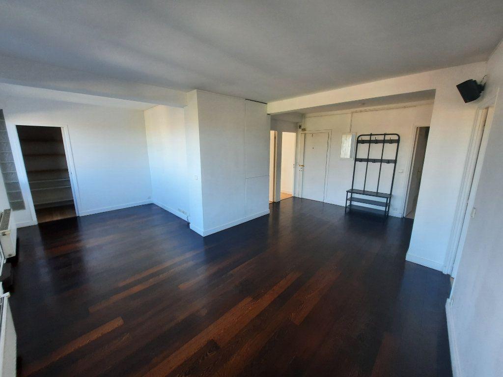 Appartement à louer 4 78m2 à Clamart vignette-1