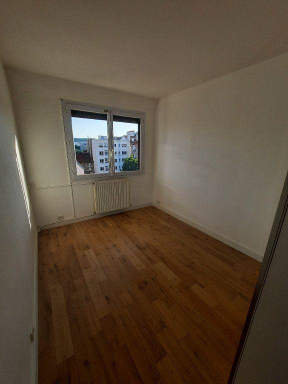 Appartement à louer 4 78m2 à Clamart vignette-4