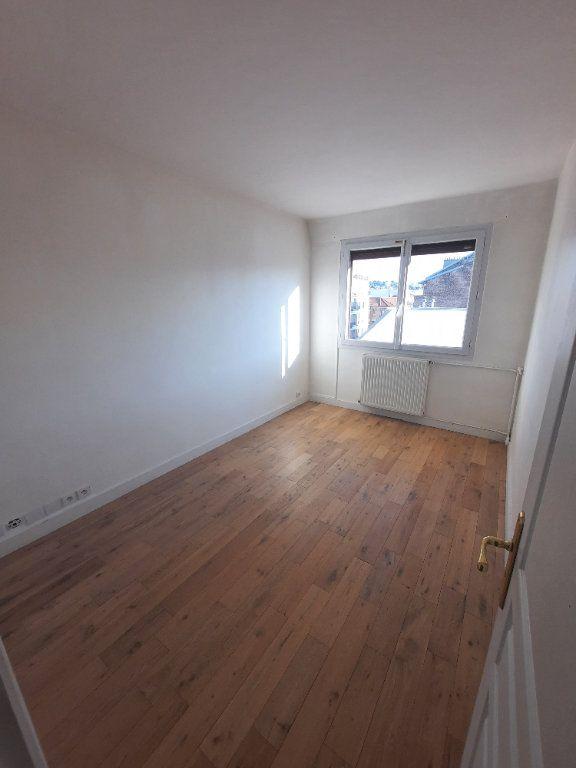 Appartement à louer 4 78m2 à Clamart vignette-5