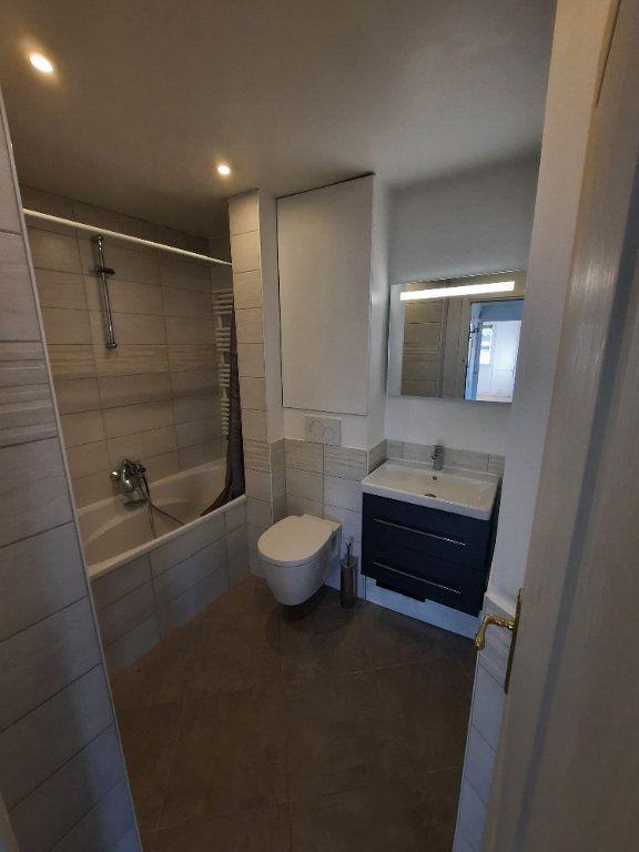 Appartement à louer 4 78m2 à Clamart vignette-6