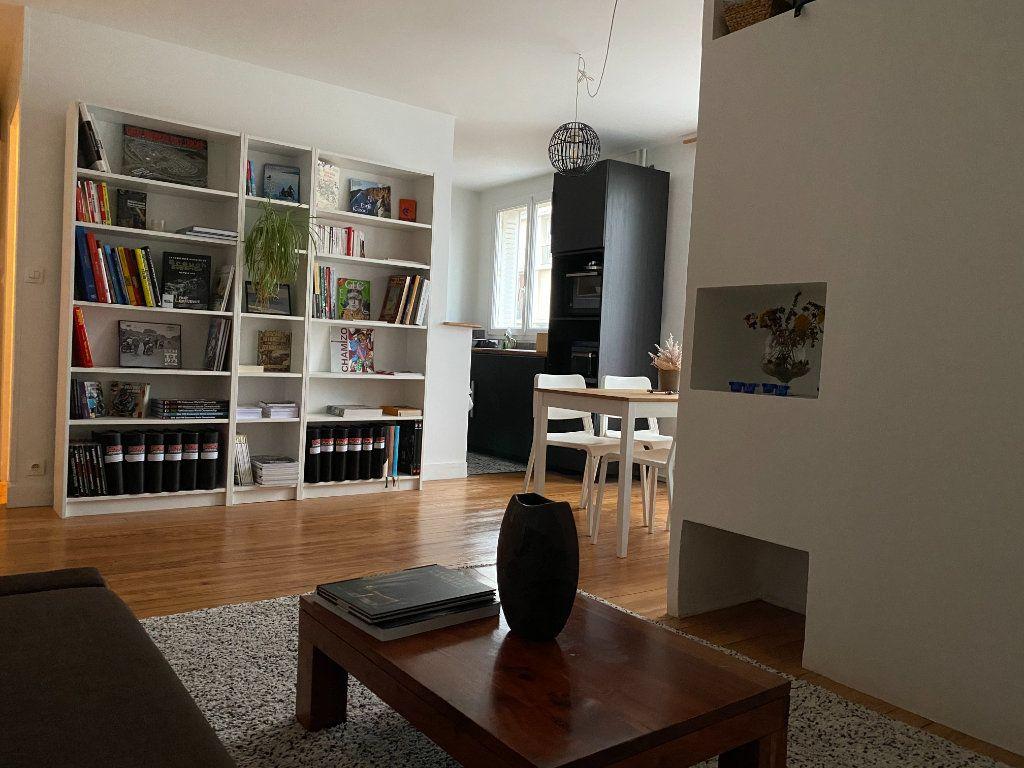 Appartement à vendre 3 50m2 à Clamart vignette-2