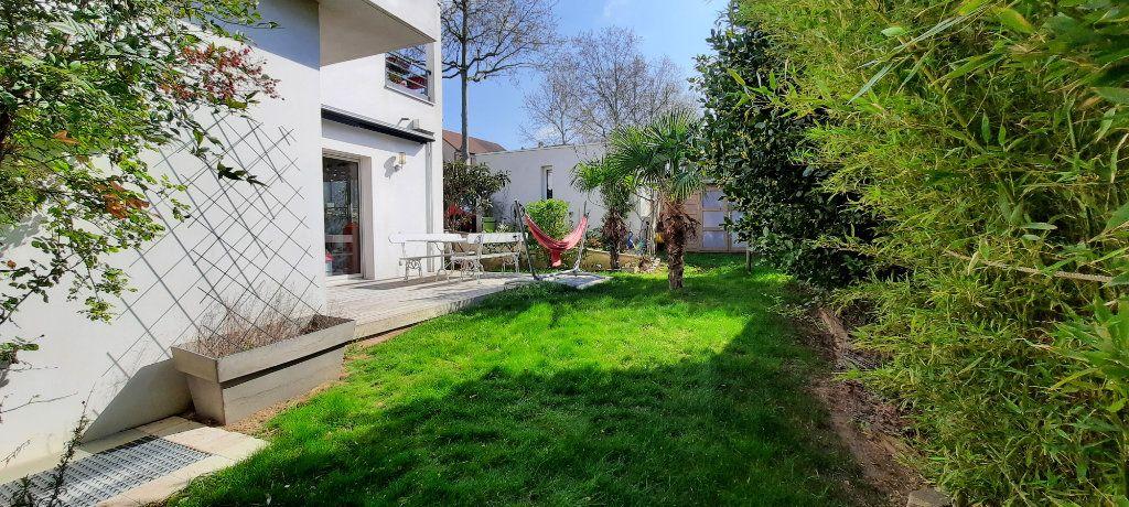 Maison à vendre 8 200m2 à Clamart vignette-3