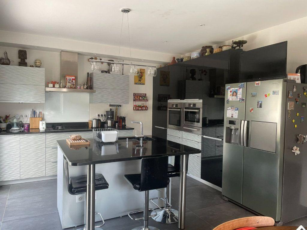 Maison à vendre 8 200m2 à Clamart vignette-5