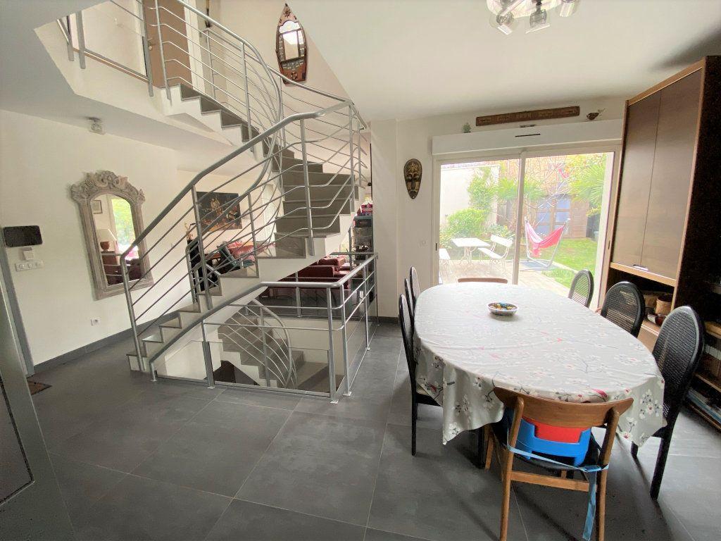 Maison à vendre 8 200m2 à Clamart vignette-7
