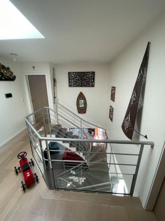 Maison à vendre 8 200m2 à Clamart vignette-9
