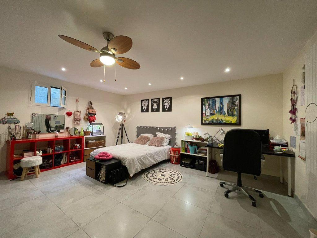 Maison à vendre 8 200m2 à Clamart vignette-11