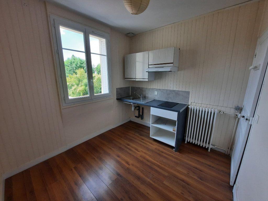 Appartement à louer 2 42.37m2 à Clamart vignette-3