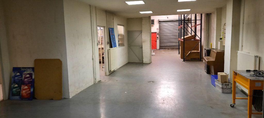 Appartement à vendre 7 480m2 à Clamart vignette-4