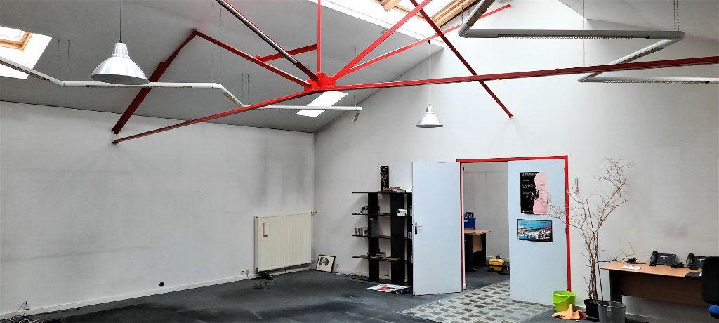 Appartement à vendre 7 480m2 à Clamart vignette-6