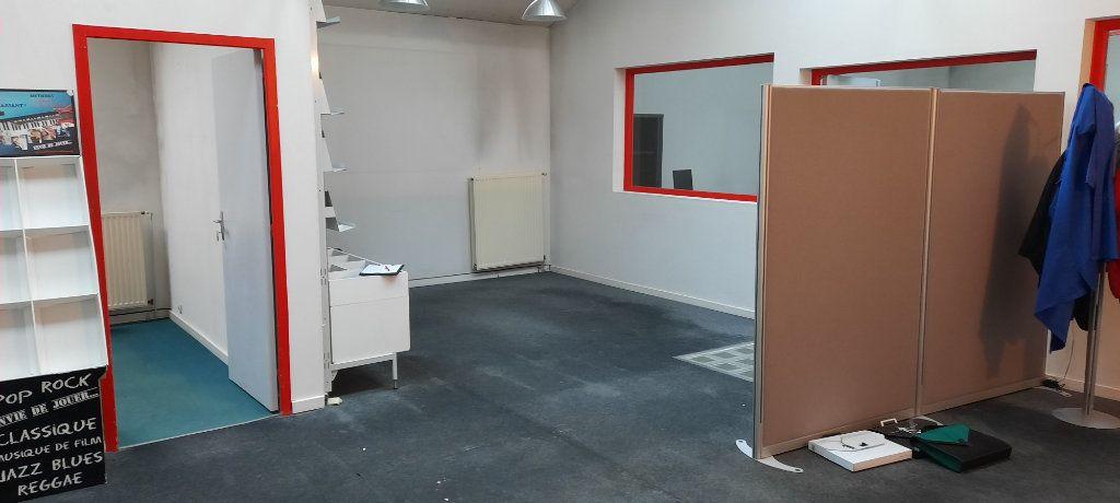 Appartement à vendre 7 480m2 à Clamart vignette-7
