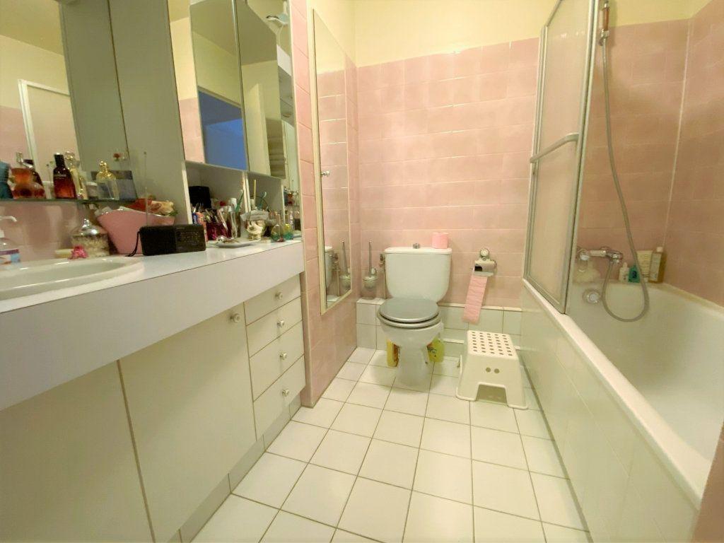 Appartement à vendre 5 100m2 à Clamart vignette-7