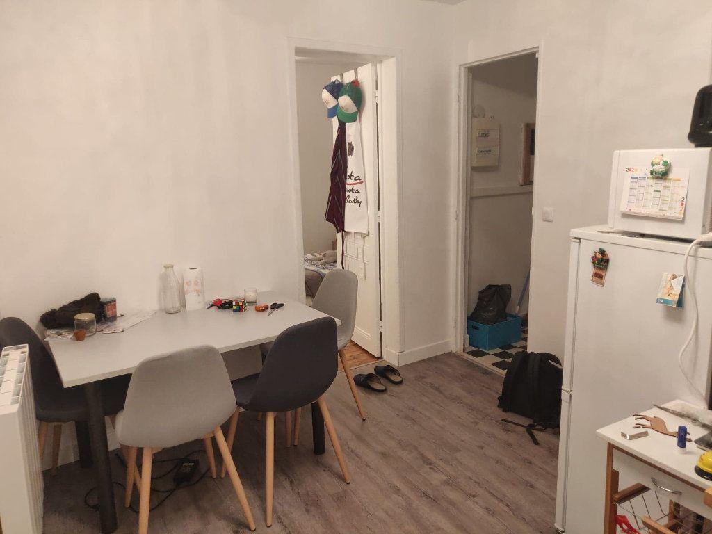 Appartement à louer 2 27.83m2 à Clamart vignette-3