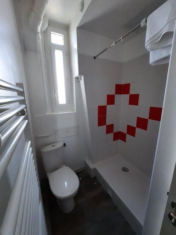 Appartement à louer 2 27.83m2 à Clamart vignette-8