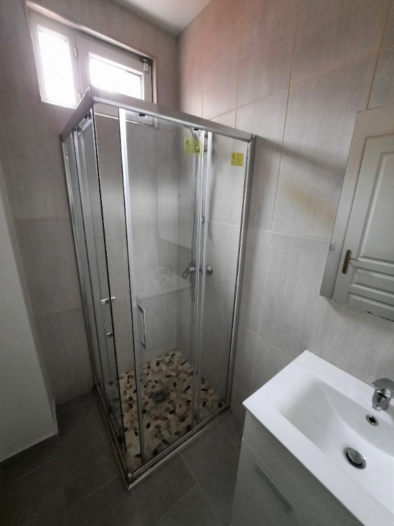 Appartement à louer 2 33.5m2 à Malakoff vignette-4