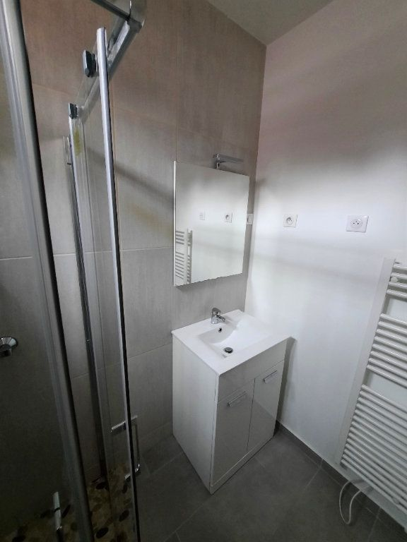 Appartement à louer 2 33.5m2 à Malakoff vignette-5