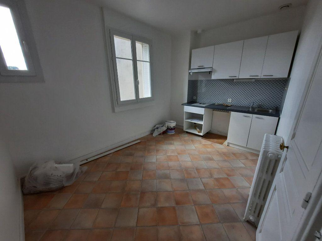 Appartement à louer 1 42.11m2 à Clamart vignette-4