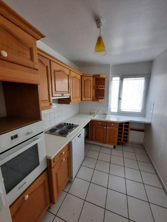 Appartement à louer 4 78.24m2 à Clamart vignette-1