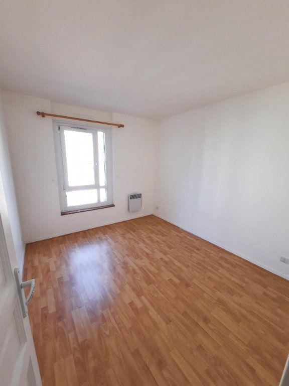 Appartement à louer 4 78.24m2 à Clamart vignette-5