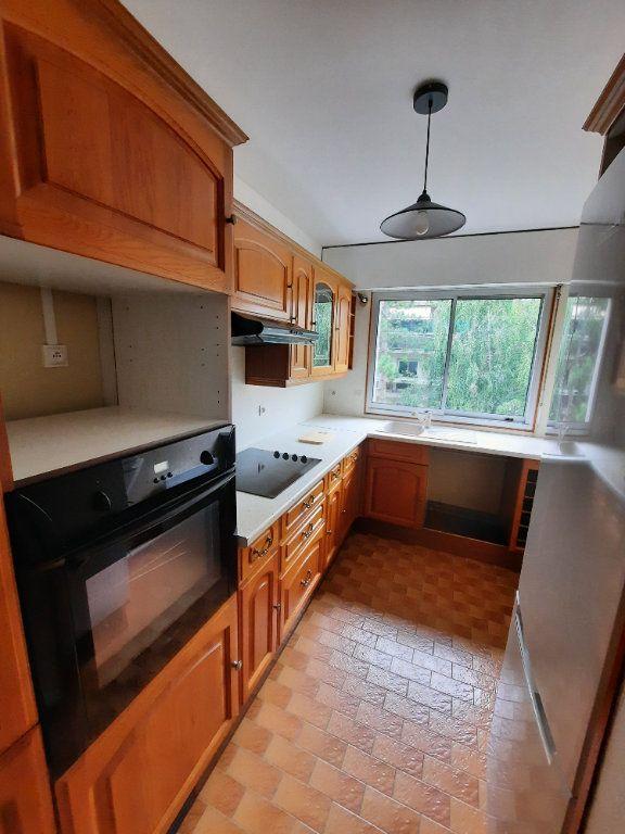 Appartement à louer 3 60.6m2 à Vanves vignette-3