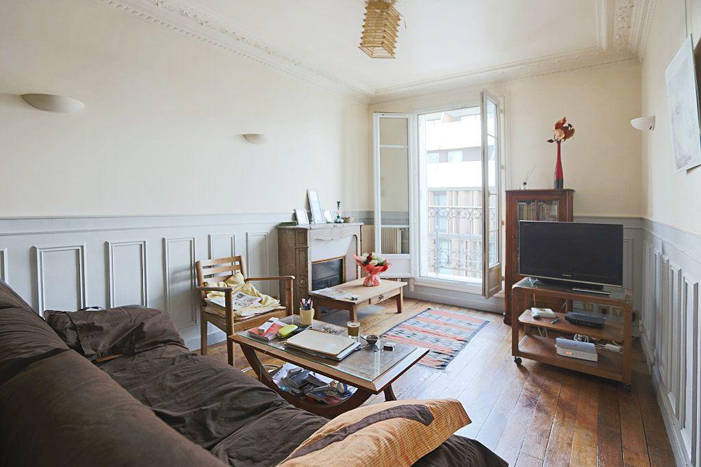 Appartement à vendre 3 50.3m2 à Paris 13 vignette-2