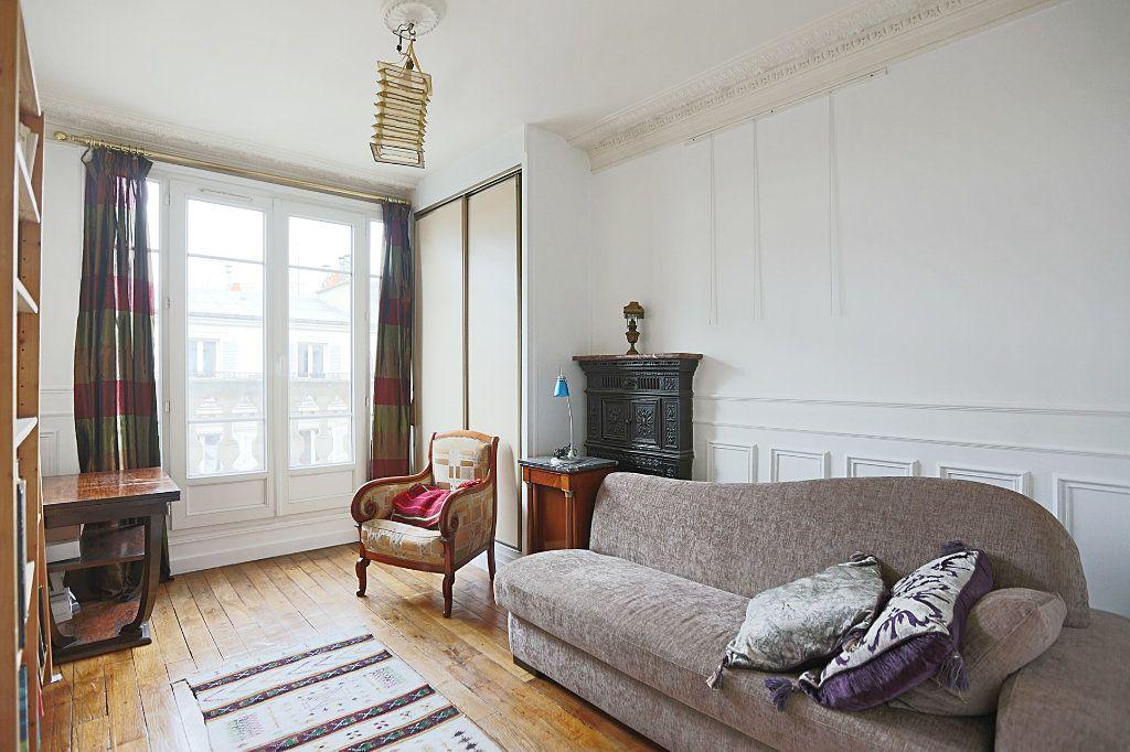 Appartement à vendre 3 50.3m2 à Paris 13 vignette-3